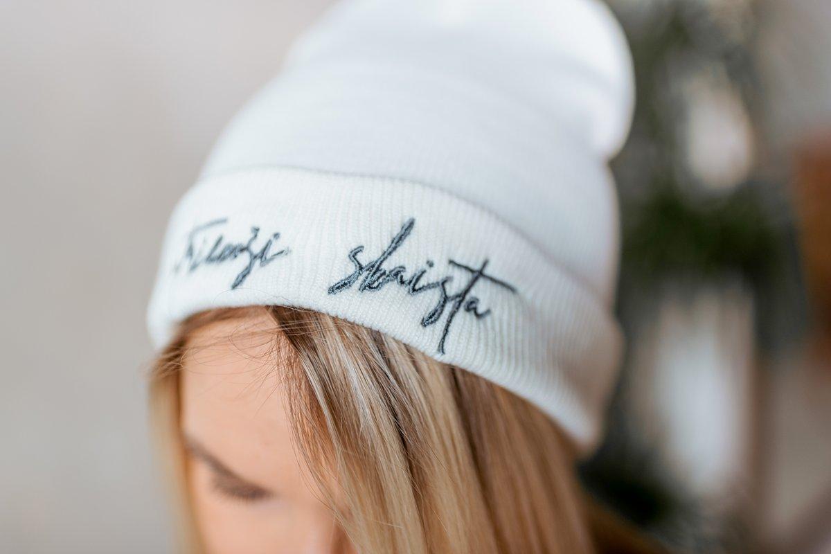 SATRIECOŠI SKAISTA sieviešu cepure - BALTA