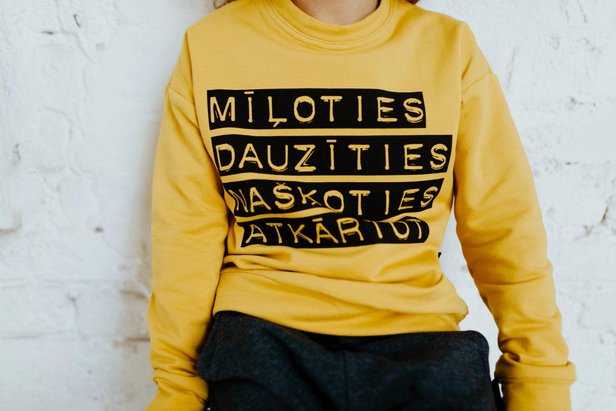 Sinepju krāsas džemperis ar apdruku BĒRNIEM