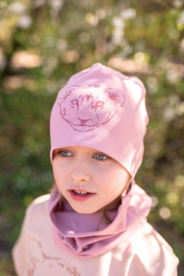Bērnu cepure ar lauvēna apdruku, sārta