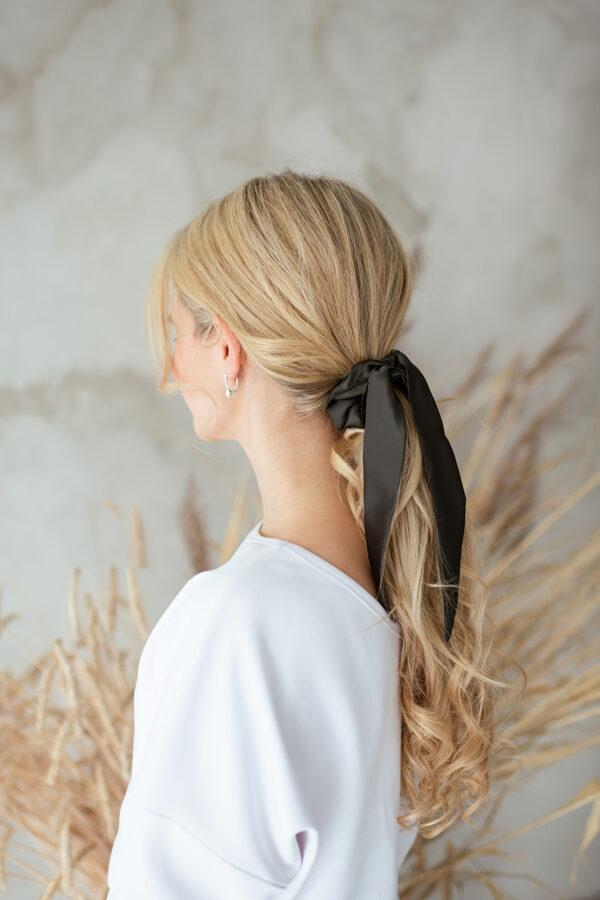 Scrunchy matu gumija ar banti, GRAFĪTS