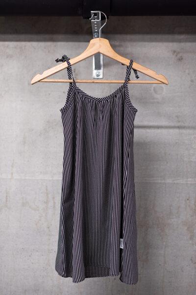 Vasaras kleita meitenēm ar sienamām lencītēm, melnbalta
