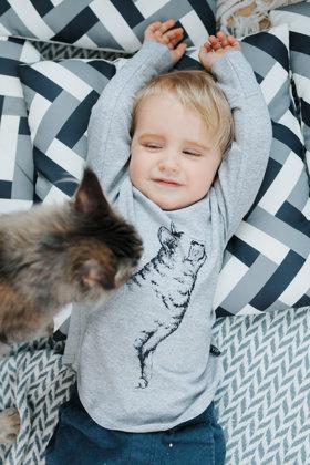 Krekls bērniem ar kaķa attēlu